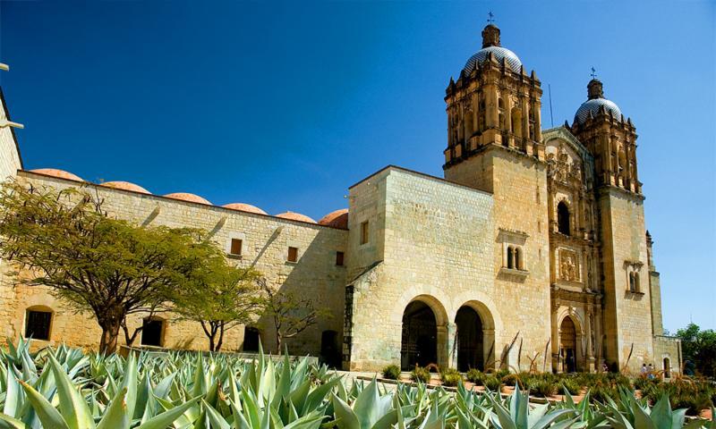 Club Inntegra Oaxaca templo
